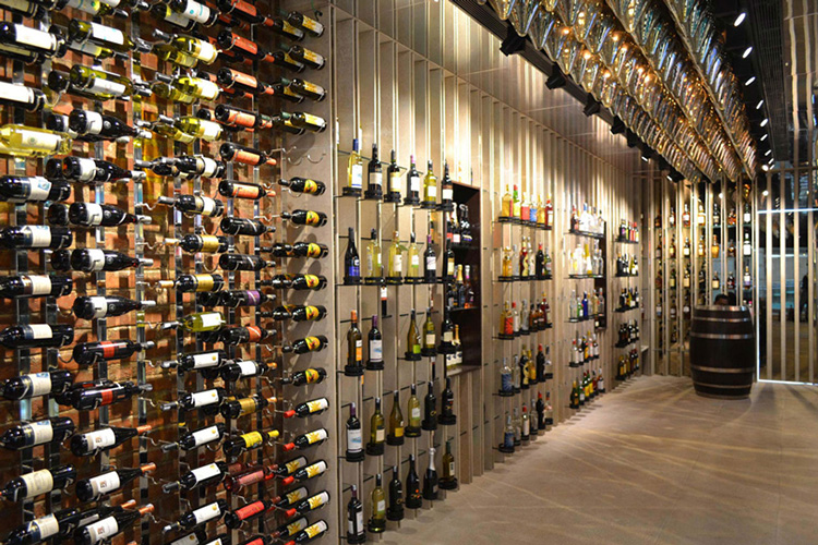 Discovery Wines (Ambience Mall, Gurgaon)
